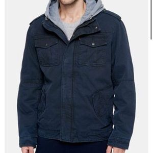 Men's Levi's trucker hooded jacket